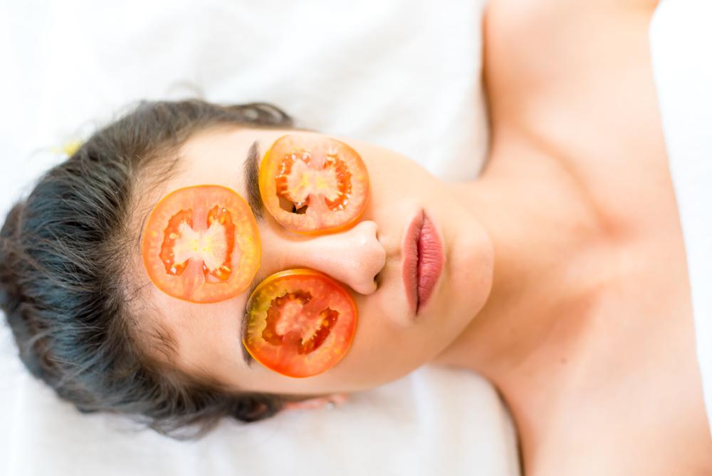 I benefici del pomodoro per la pelle