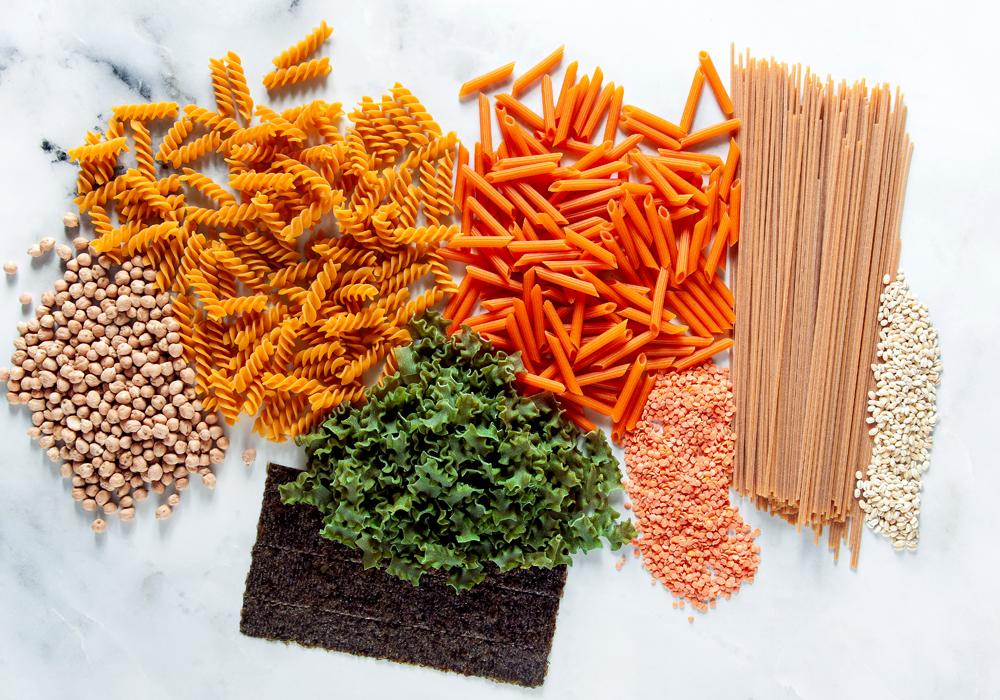 Cibi senza glutine e pasta di legumi per abbassare l'indice glicemico.