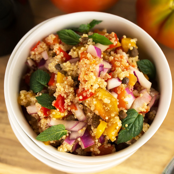 Insalata di quinoa con pomodorini senza glutine