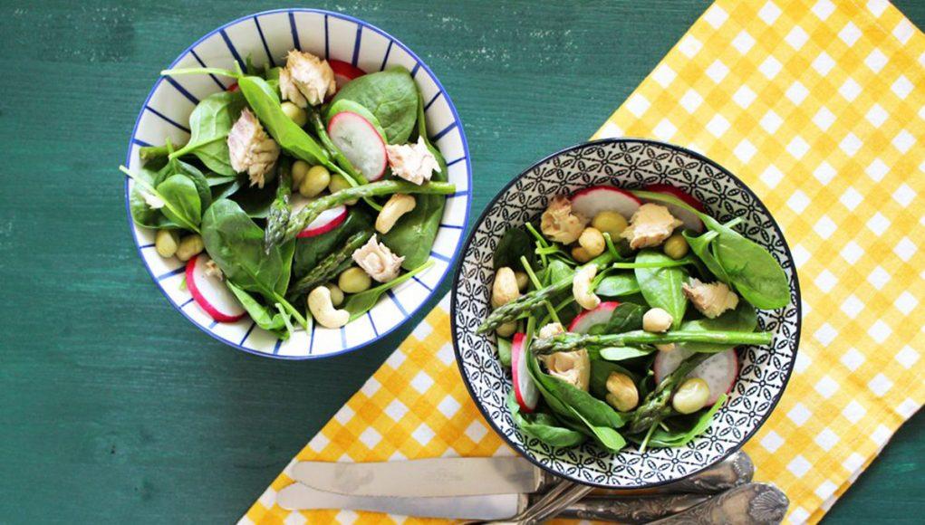 Pesce azzurro: insalata di spinacini e sgombro