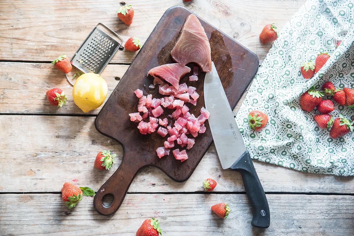 Tartare di tonno e fragole