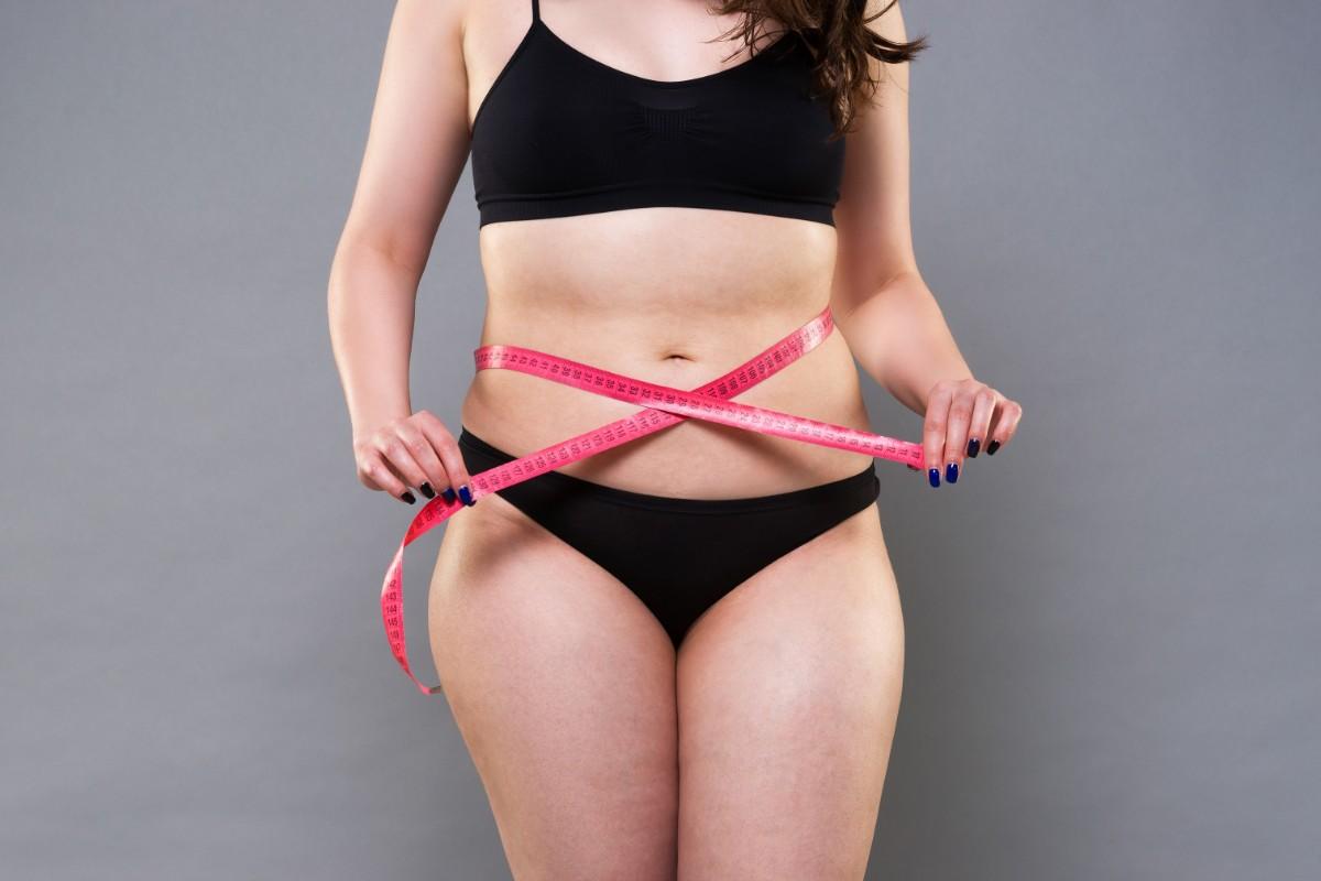 grasso viscerale: consigli e esercizi per smaltirlo
