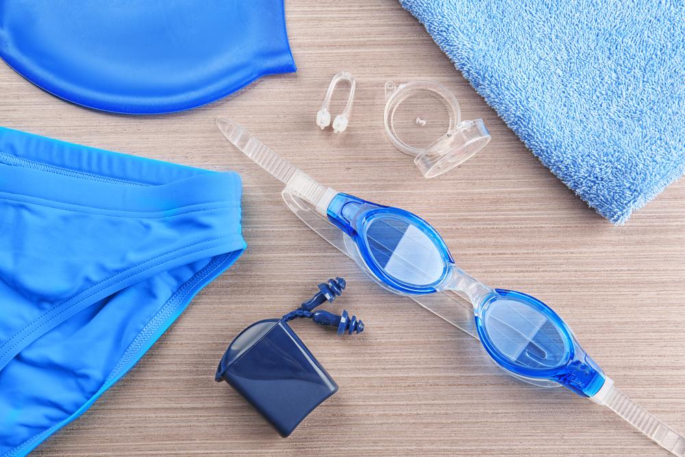 infezioni in piscina, attenzione agli accessori