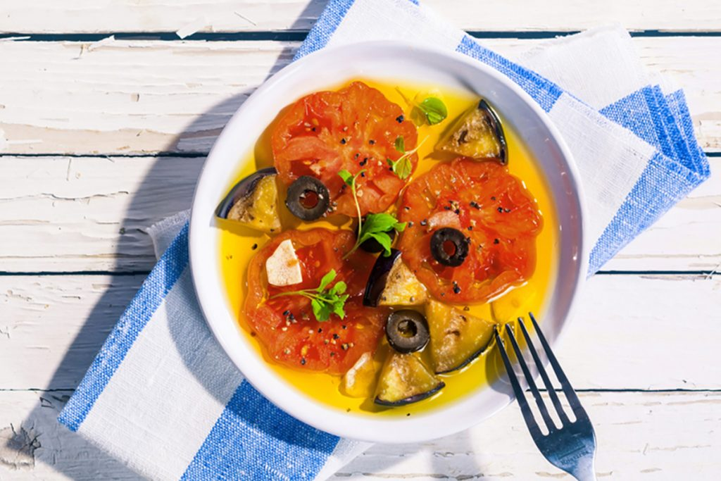 ricette con melanzane insalata melanzane pomodori