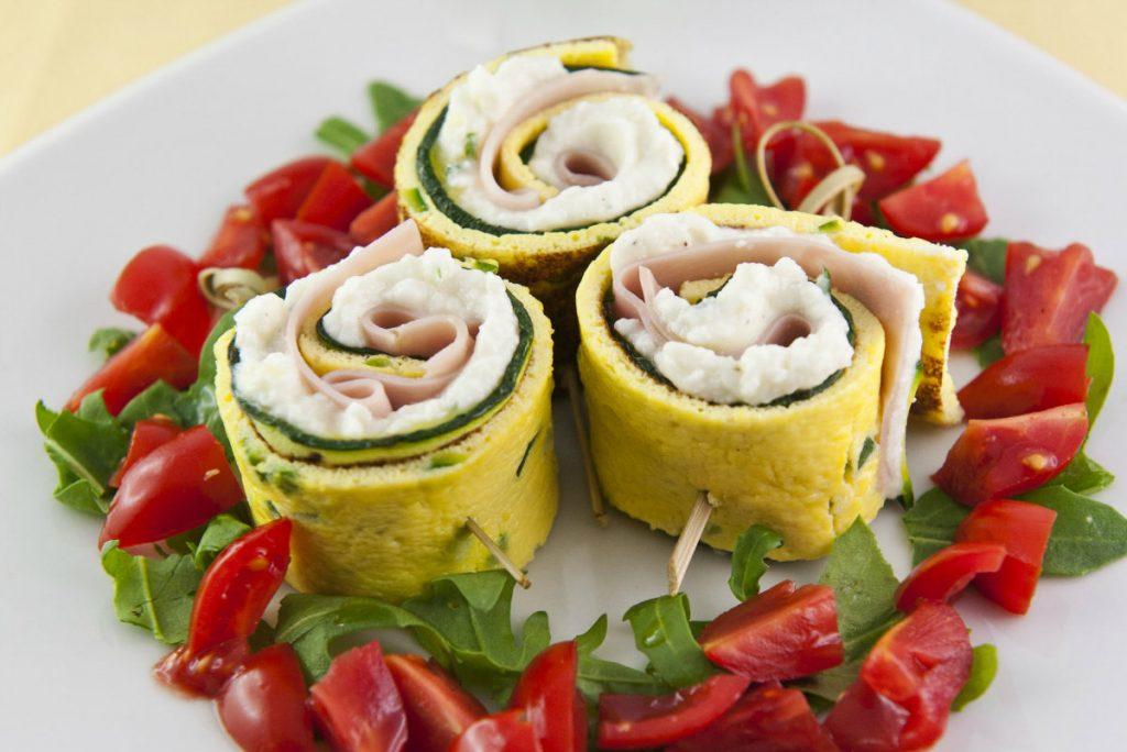 ricette con zucchine, rotolini fantasia di zucchine