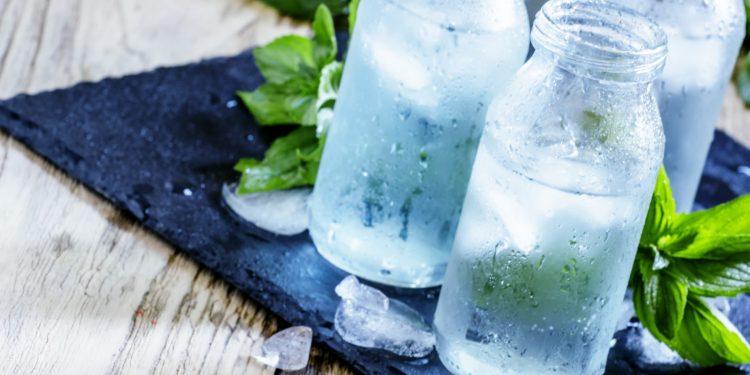 Acqua ghiacciata