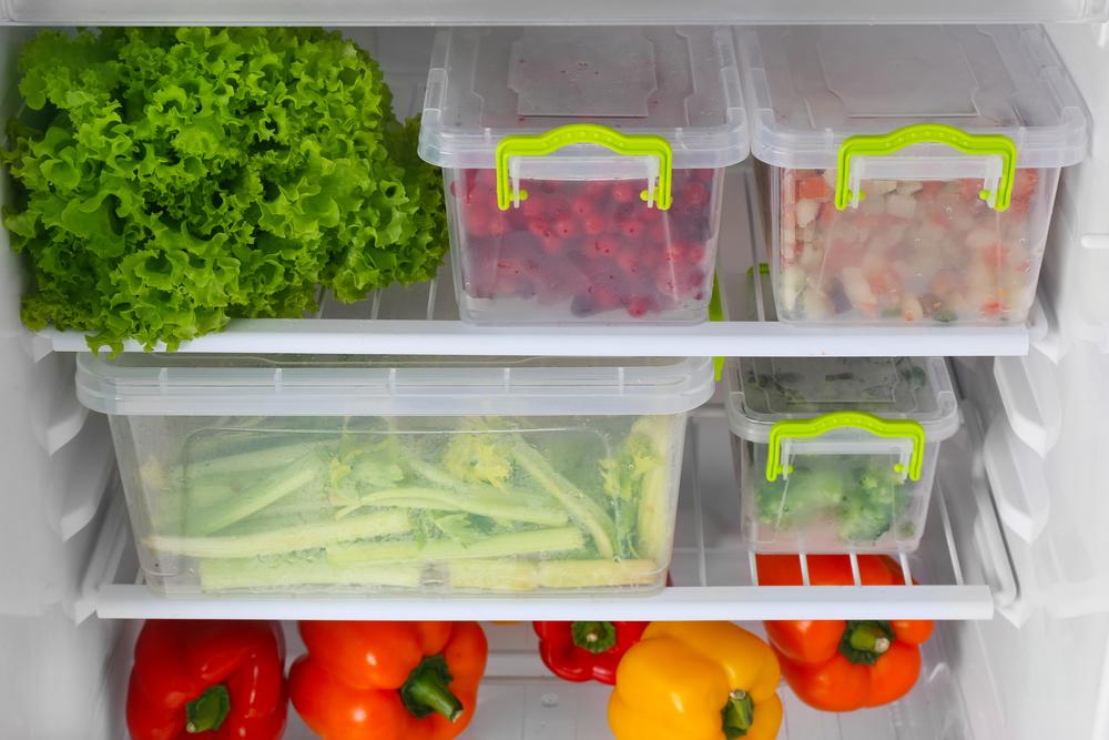 Come conservare i cibi in estate: il frigorifero