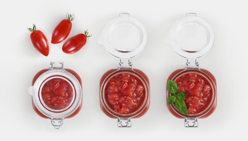 conserve di pomodoro: ricette per preparare la salsa di pomodoro in casa