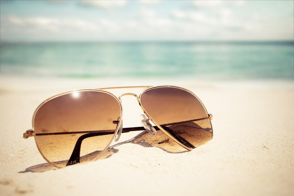 Estate sicura con i giusti occhiali da soie