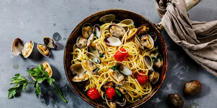 spaghetti alle vongole: ricetta light da fare questo estate