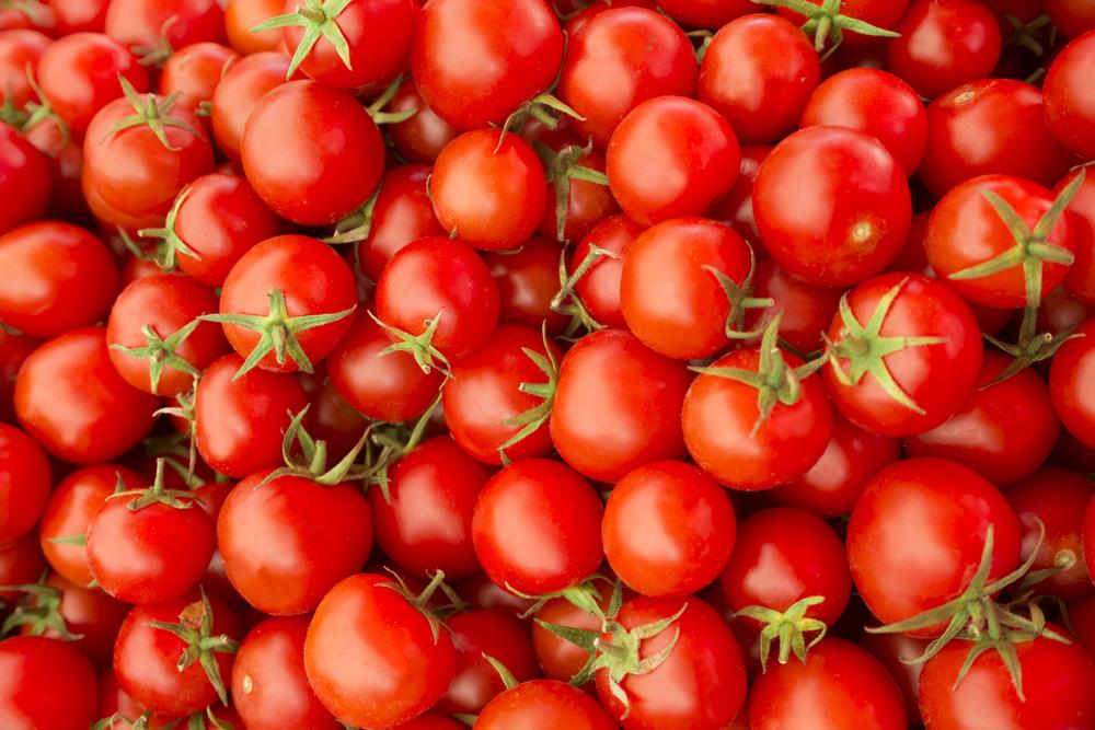 cibi anti-invecchiamento, pomodori