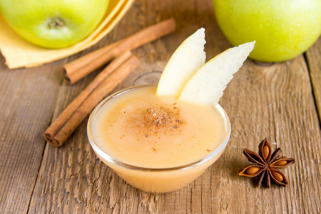mousse di mela, saporita e sana