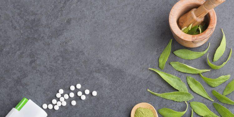 stevia: cos'è, valori nutrizionali, benefici e controindicazioni