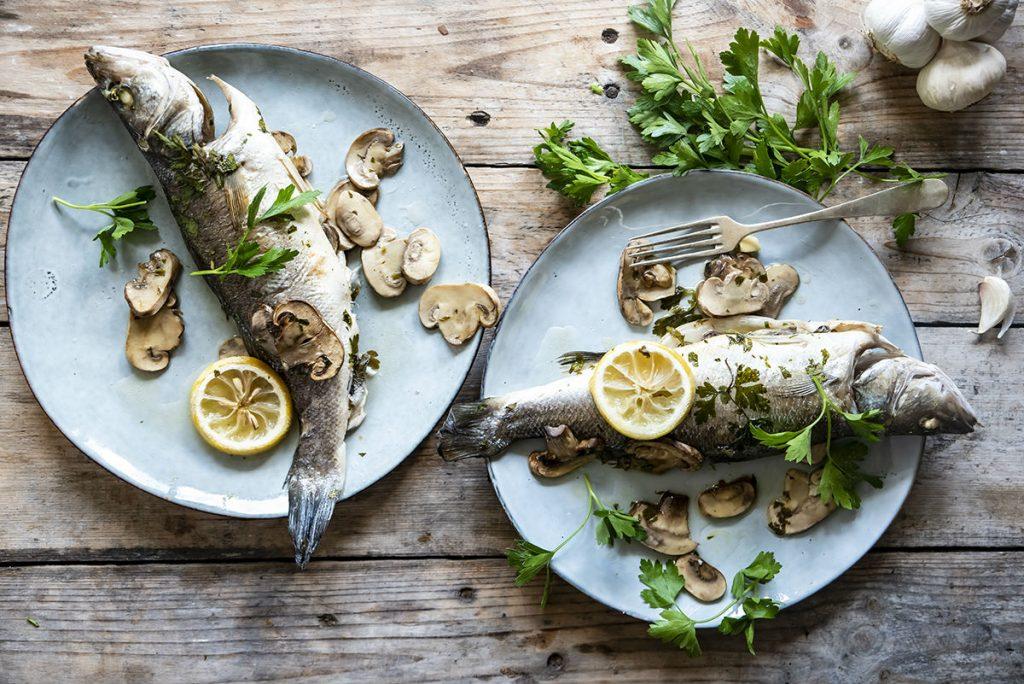 Branzino al cartoccio con champignon