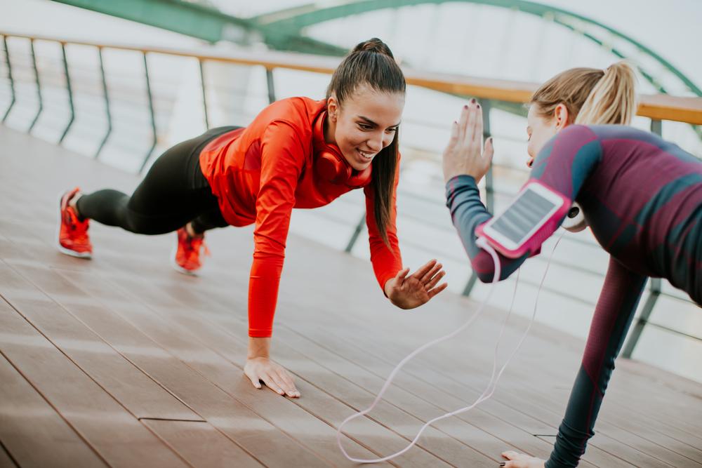 Dieta Settimanale Per Dimagrire Pancia E Fianchi : Plank il challenge per una pancia piatta melarossa