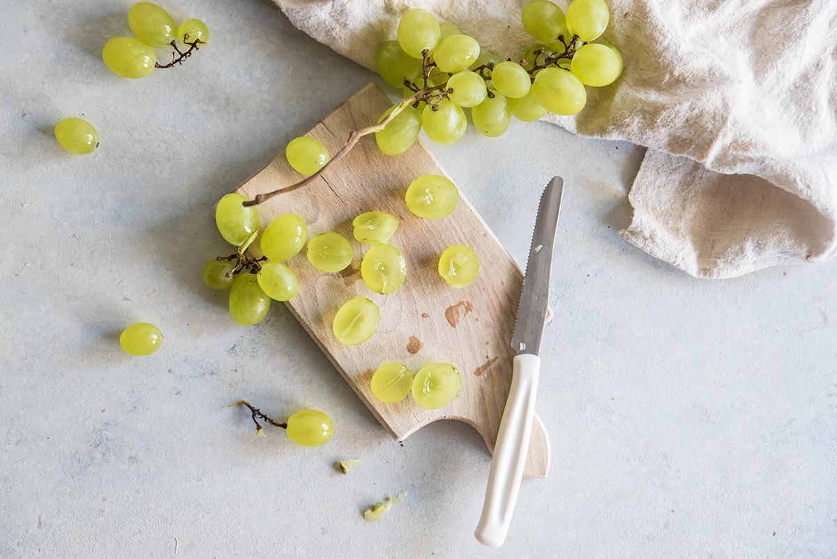 procedimento insalata uva caprino