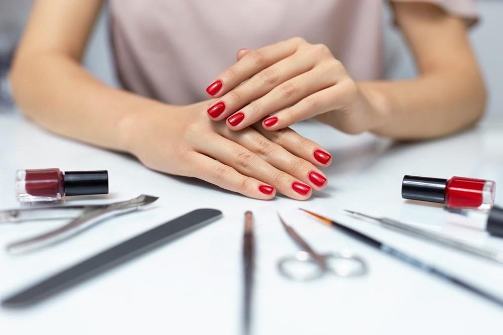 perché si ingrassa unghie