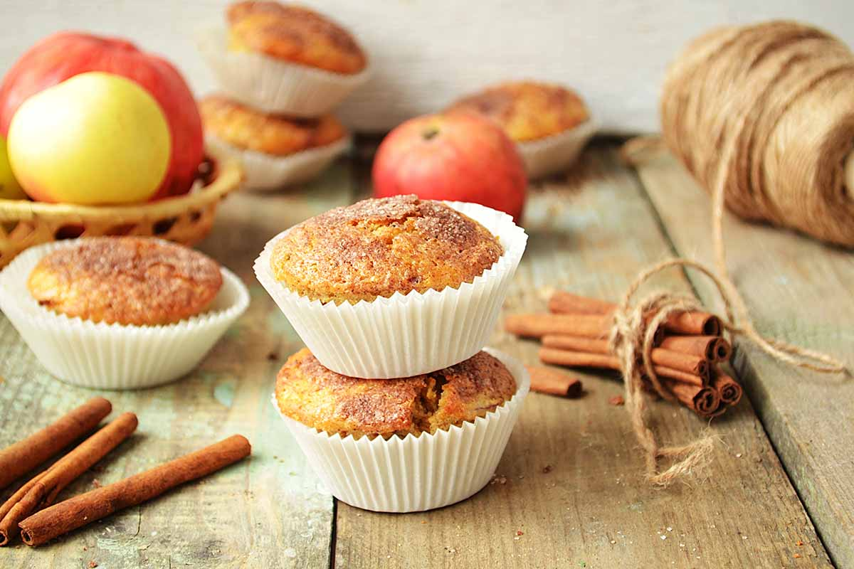 Ricette con le mele: tortino di mele e noci