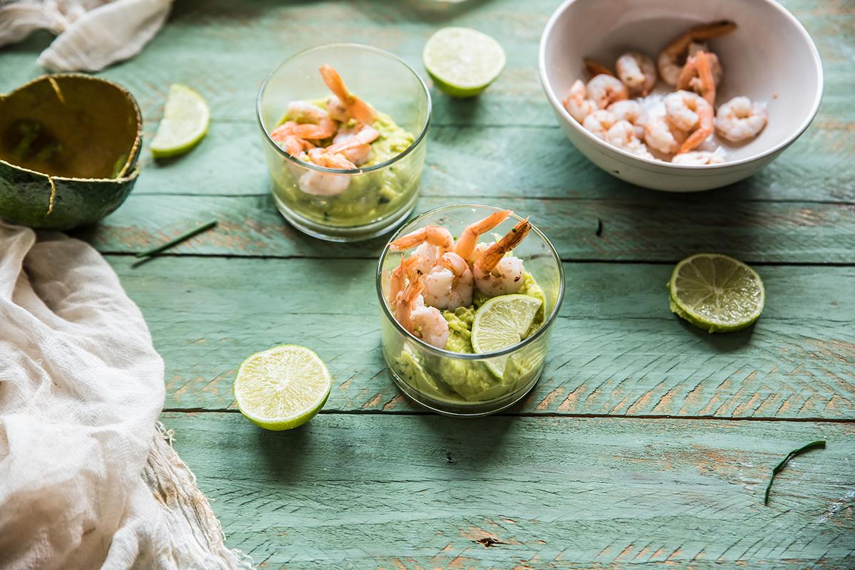 ricette di pesce gamberi crema avocado lime erba cipollina