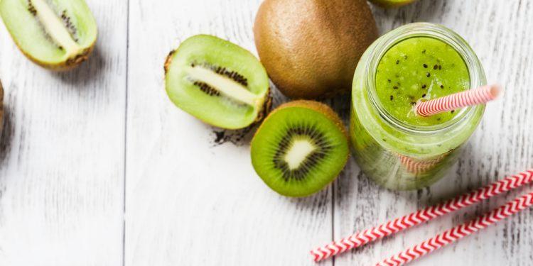 perché mangiare 2 kiwi al giorno