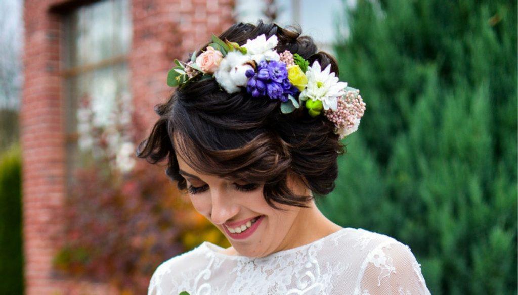 acconciatura da sposa: capelli corti