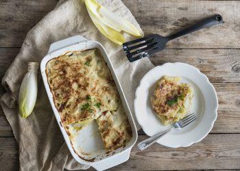 Indivia belga con patate al gratin