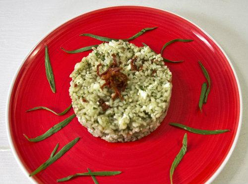 insalata di riso con pesto di dragoncello