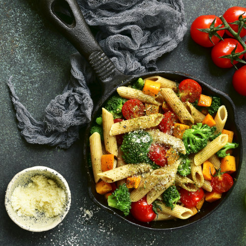 penne integrali crudigna broccoli pomodori