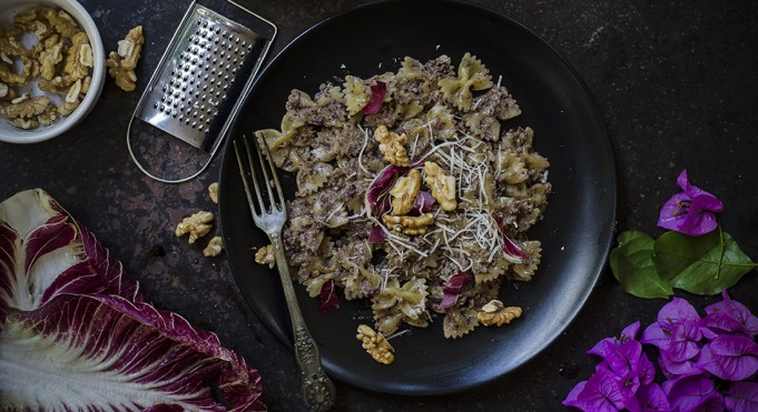 pesto di radicchio e noci: la ricetta