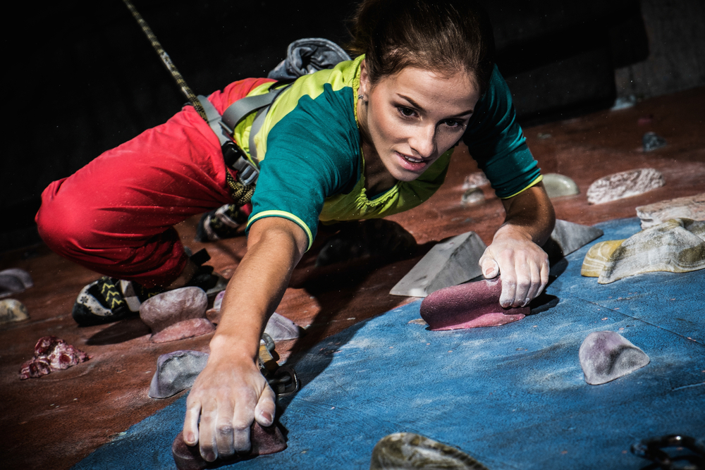 sport brucia grassi: arrampicata