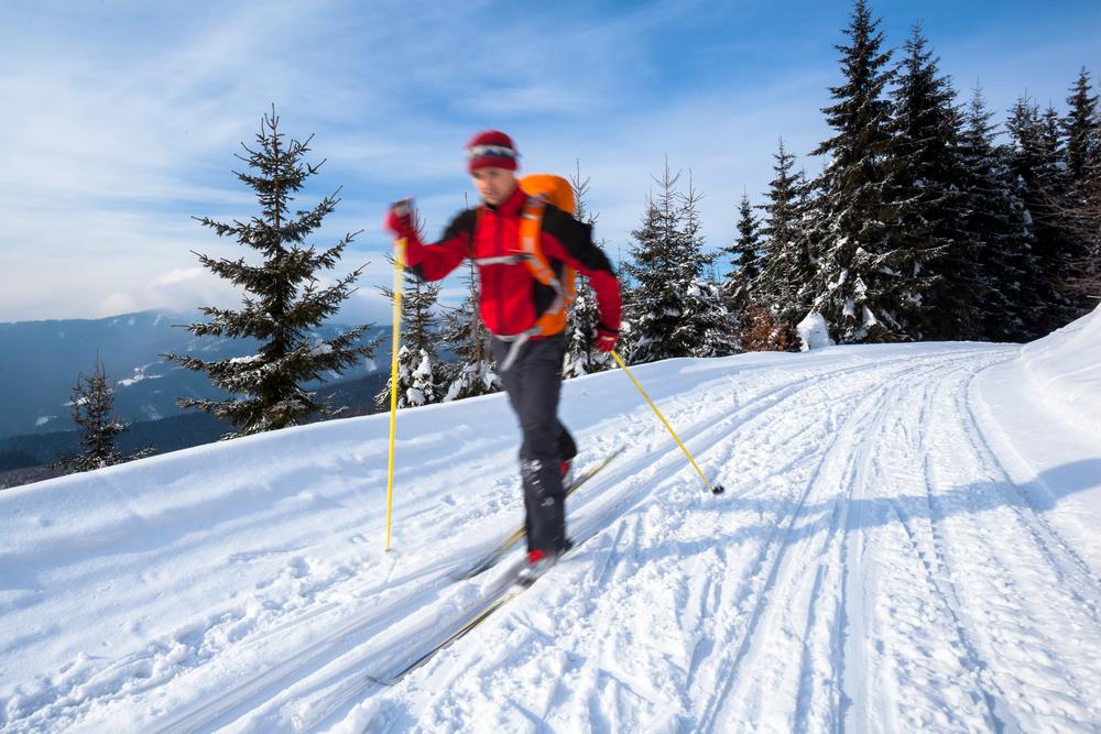 sport brucia grassi: sci di fondo
