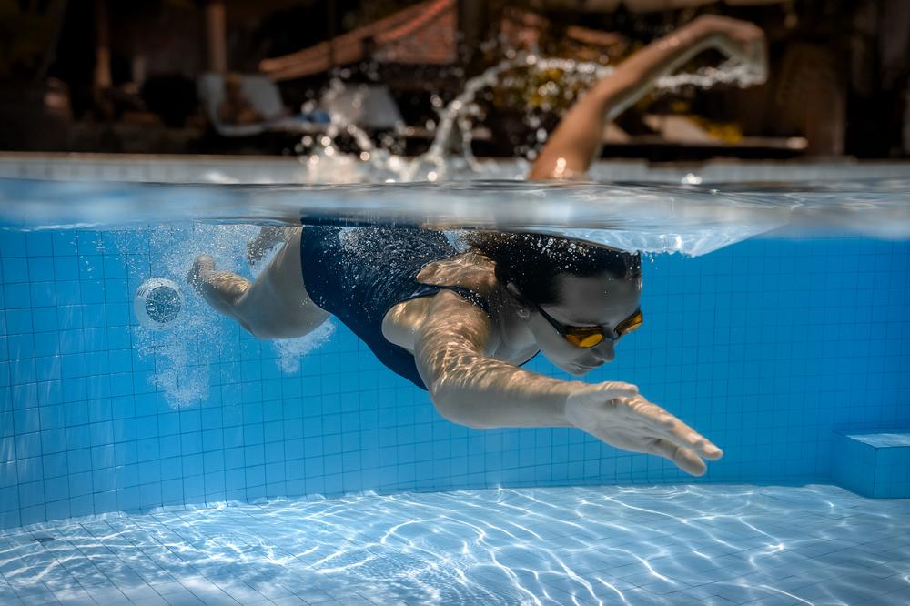 sport: nuoto fa bene alla schiena
