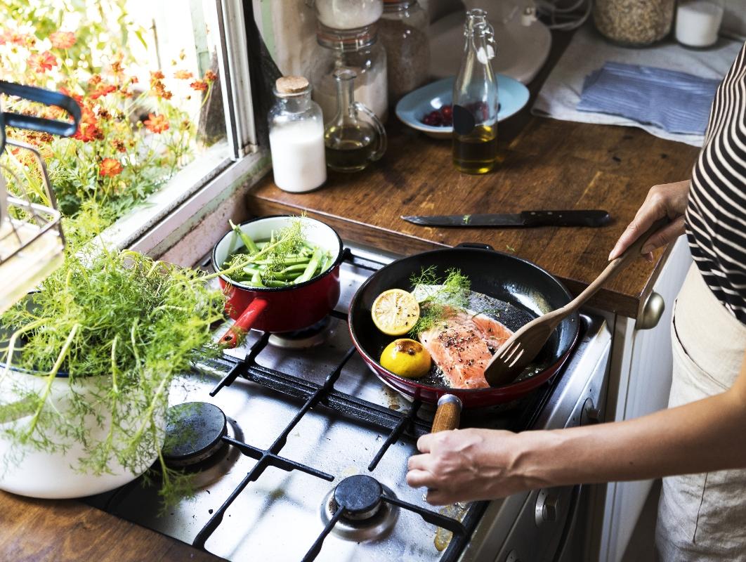 vitamina B12: cos'è, a cosa serve, benefici, alimenti ricchi e carenze