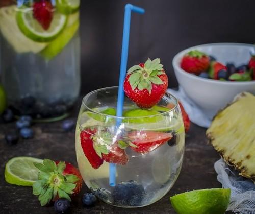 acqua detox ananas