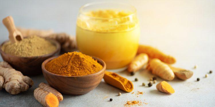 latte d'oro: cos'è, benefici e ricetta