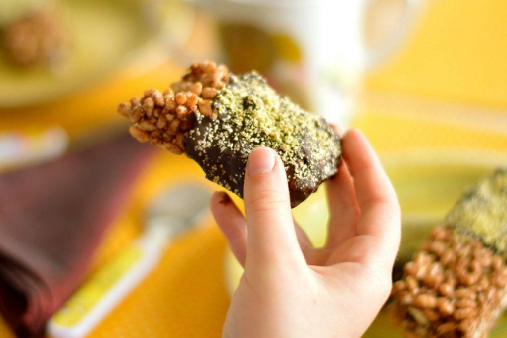 ricette con nocciole, barrette di riso soffiato e nocciole