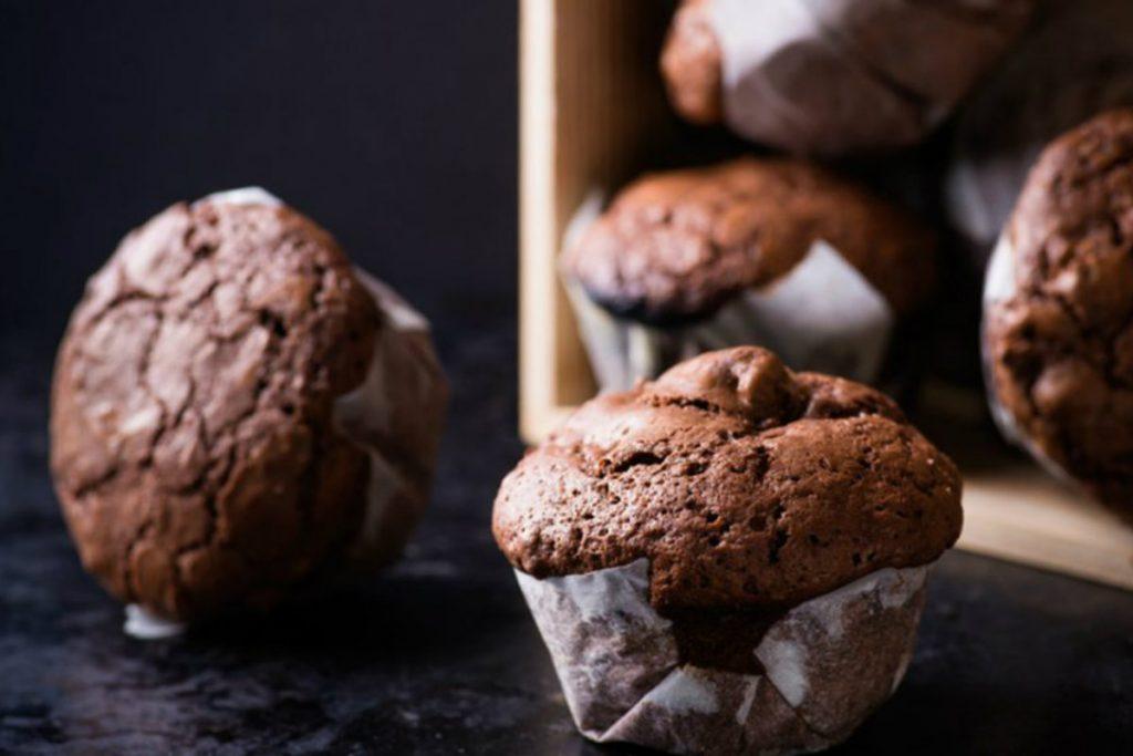 ricette con nocciole, muffin al cioccolato e nocciole