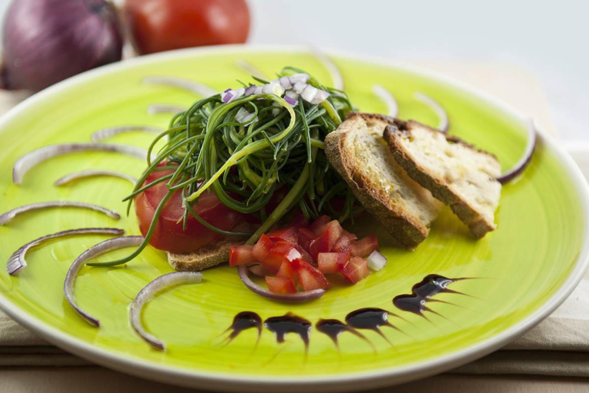 ricette con agretti insalata di agretti