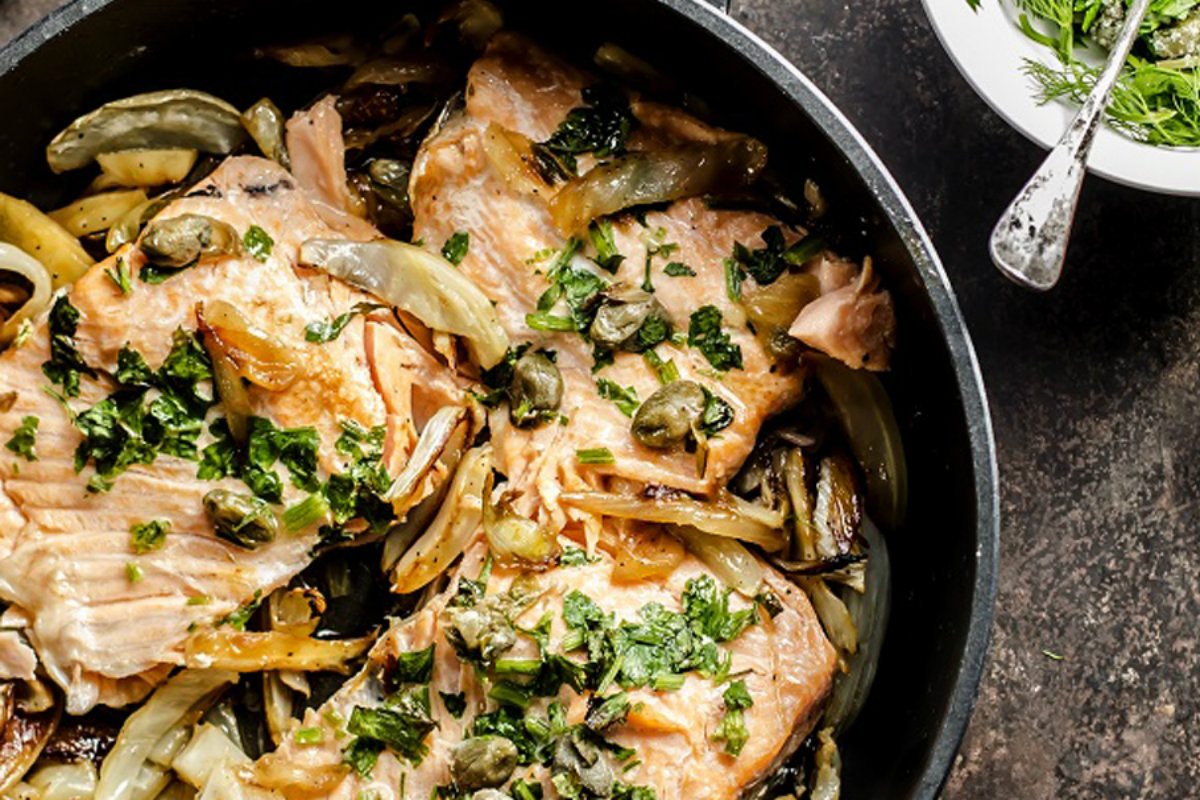 ricette con finocchi, salmone a forno con finocchi