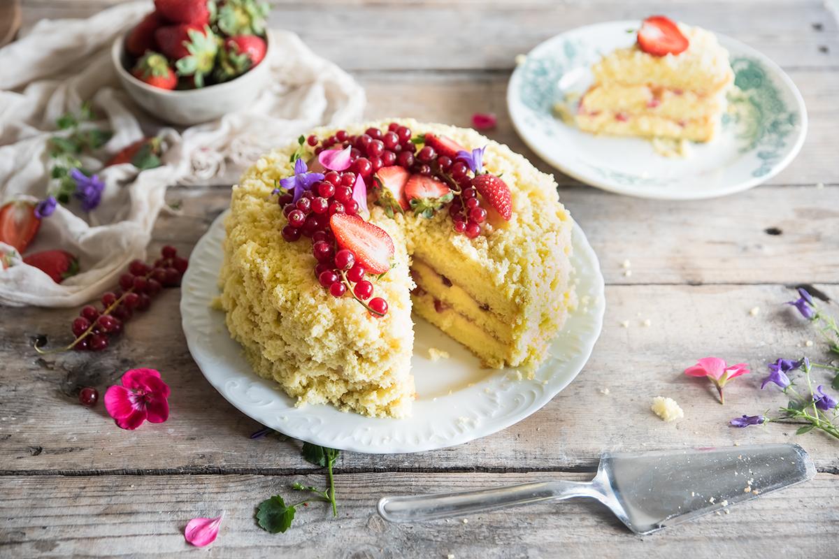 Ricette con le fragole: torta mimosa
