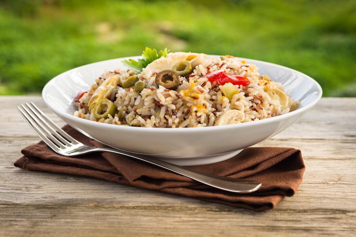 Piatti unici: insalata di riso, ricetta classica
