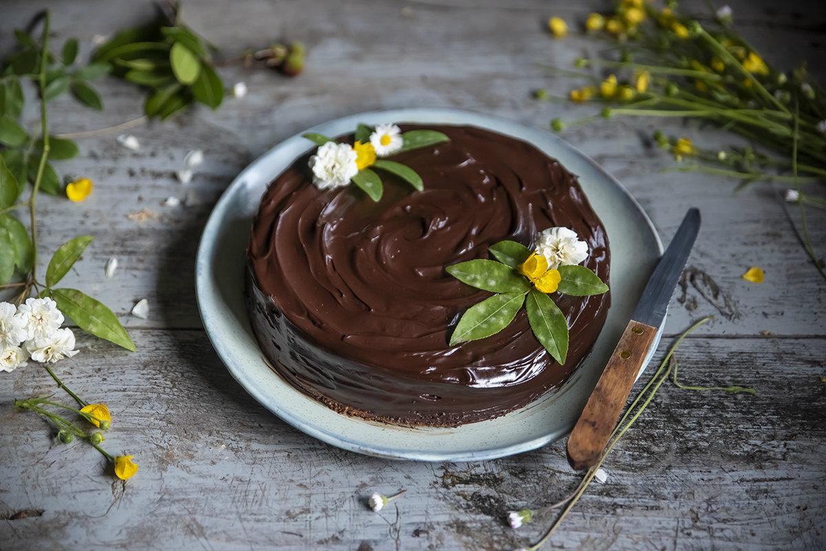 torte di compleanno: torta sacher light
