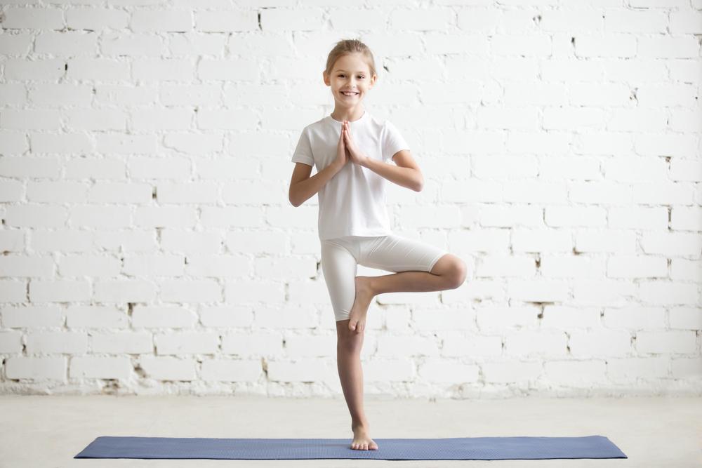 benefici dello yoga per i bambini