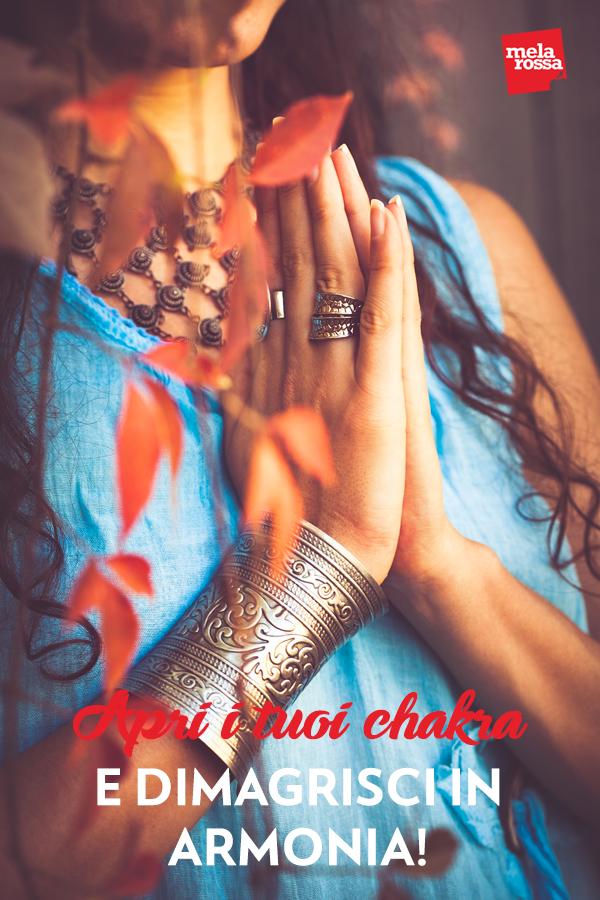 Hai già sentito parlare dei chakra, ma forse non conosci l'importanza di questi centri energetici per il tuo equilibrio fisico, psicologico e spirituale. Sono posizionati lungo l'asse centrale del corpo umano, dalla base della spina dorsale fino alla sommità del capo e influenzano tutto il tuo corpo e la tua mente. Melarossa.it #dietamelarossa