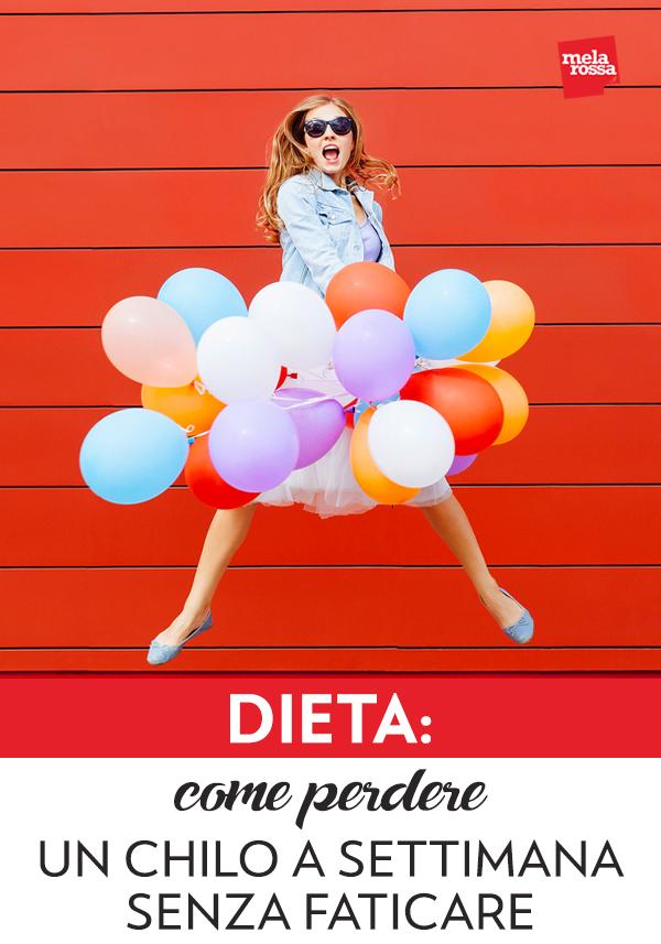"""In una dieta sana, non bisogna avere fretta di perdere peso: l'obiettivo ideale dovrebbe essere quello di perdere un chilo a settimana. Dimagrire, infatti, vuol dire cambiare il rapporto tra massa grassa e massa magra e questo non può accadere senza limiti o troppo velocemente. Così, per esempio, una dieta che promette dimagrimenti miracolosi, di molti chili a settimana, deve subito farci diffidare. Non è possibile, ma soprattutto non è salutare. Dimagrire un chilo a settimana è l'obiettivo massimo (e possibile) che possiamo prefiggerci e che la dieta Melarossa può aiutarti a raggiungere. Per eliminare 1 kg di massa grassa in una settimana, infatti, è necessario """"bruciare"""" circa 7.000 kcal e il modo più salutare per farlo è abbassare il nostro fabbisogno di circa 1.000 kcal al giorno. Melarossa.it #dietamelarossa"""