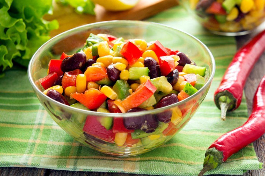 ricette con i ceci: insalata di mais e ceci