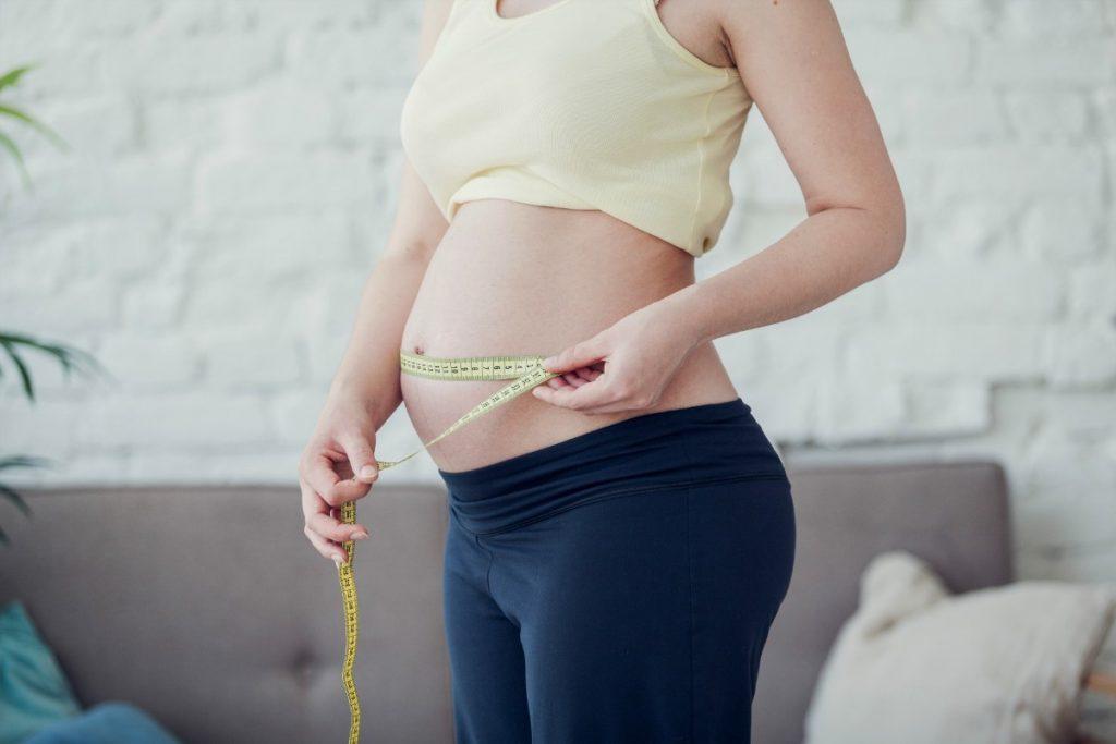 modifiche corpo materno: quanti chili ogni trimestre