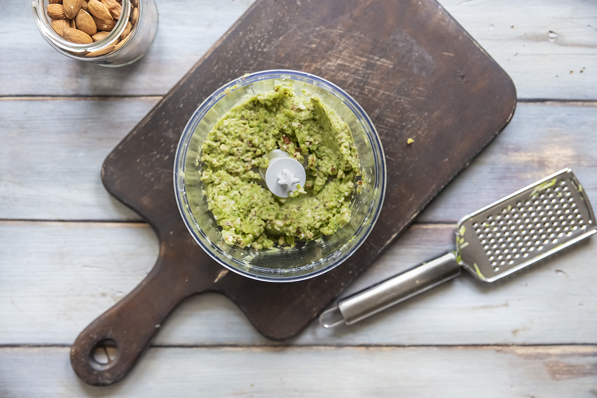 insalata di farro zucchine mandorle