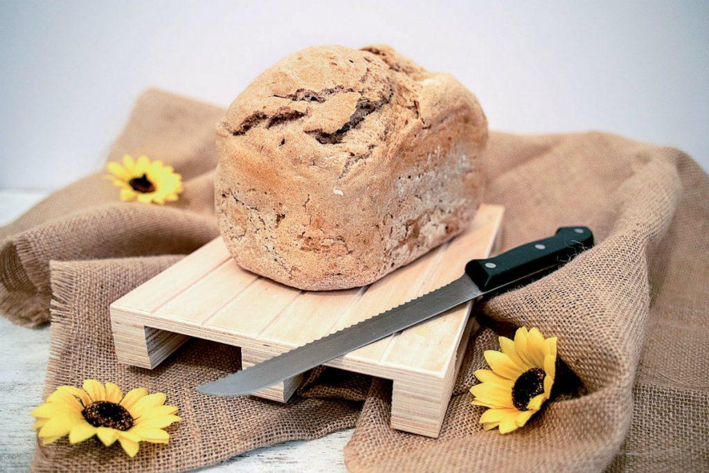 pane fatto in casa, pane in cassetta senza glutine e lattosio