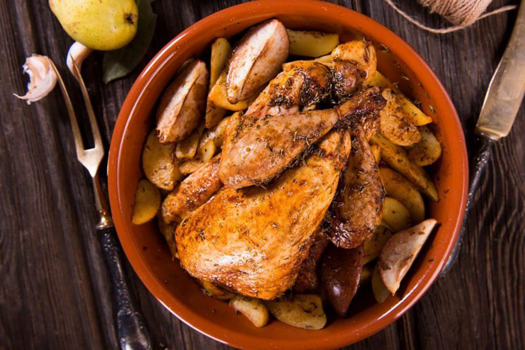 ricette con ananan: faraona al pompelmo con insalata di ananas